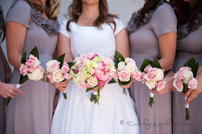 bridesmaid flowers, bridesmaids