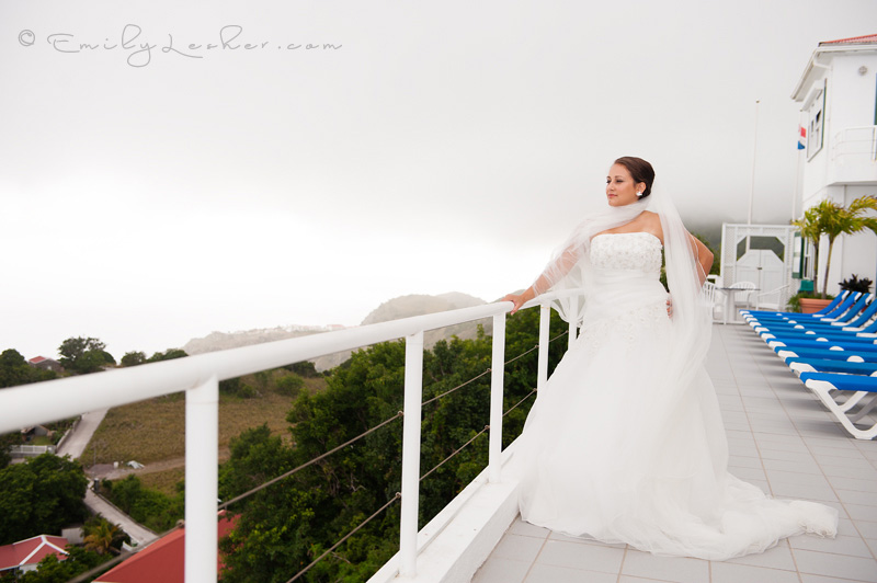 bride at Shearwater Resort on Saba