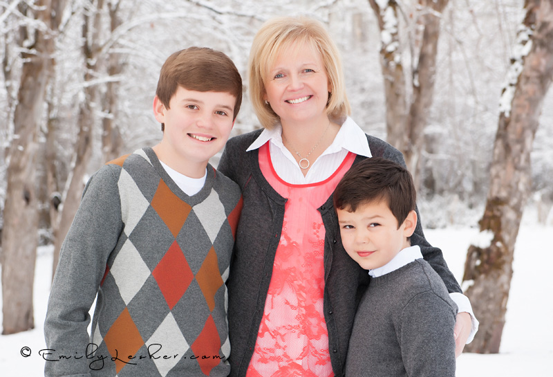 Sharon Briggs and boys, mom and sons, winter family shoot, winter, cold, snow