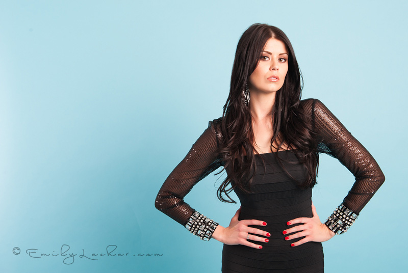 red finger nails, Kardashian hair, black dress, little black dress, Miss Utah USA