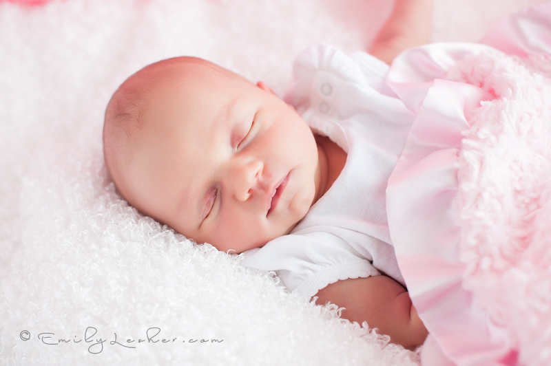 Newborn sleeping, newborn girl, baby girl, pink blanket, 